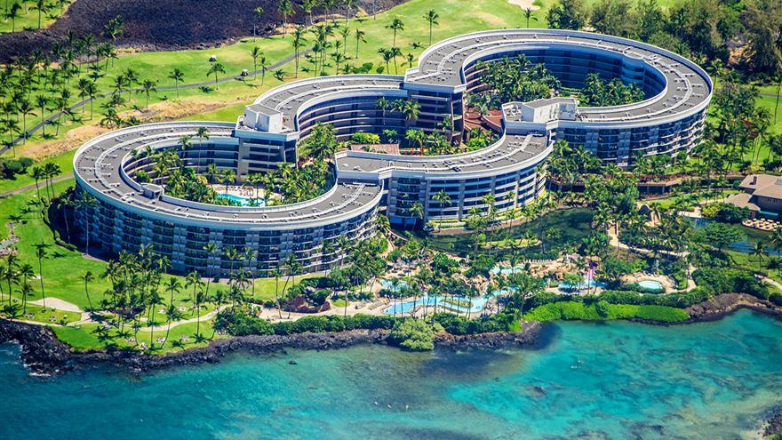 Aerial view of Ocean Tower resort in Hawaii