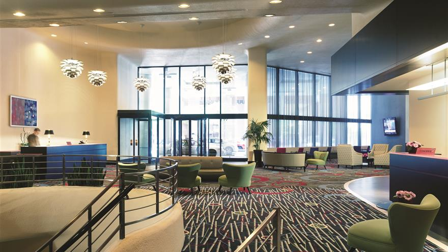 Lobby at Hilton Grand Vacations Chicago Downtown /Magnificent Mile located in Illinois.