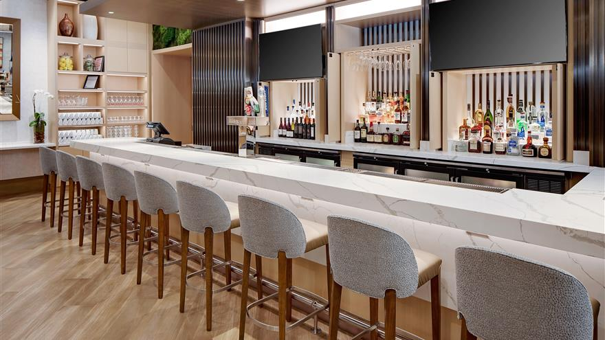 Bar at Hilton Grand Vacations Chicago Downtown /Magnificent Mile located in Illinois.