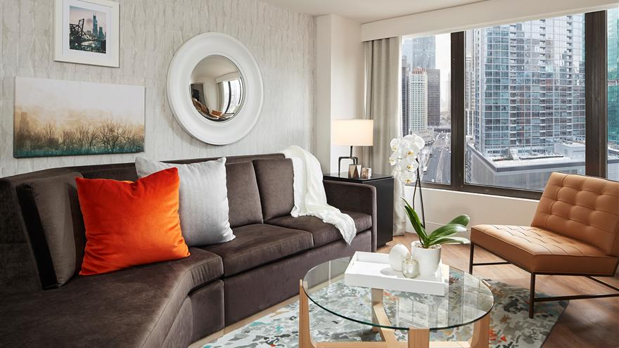 Living area at Hilton Grand Vacations Chicago Downtown /Magnificent Mile located in Illinois.