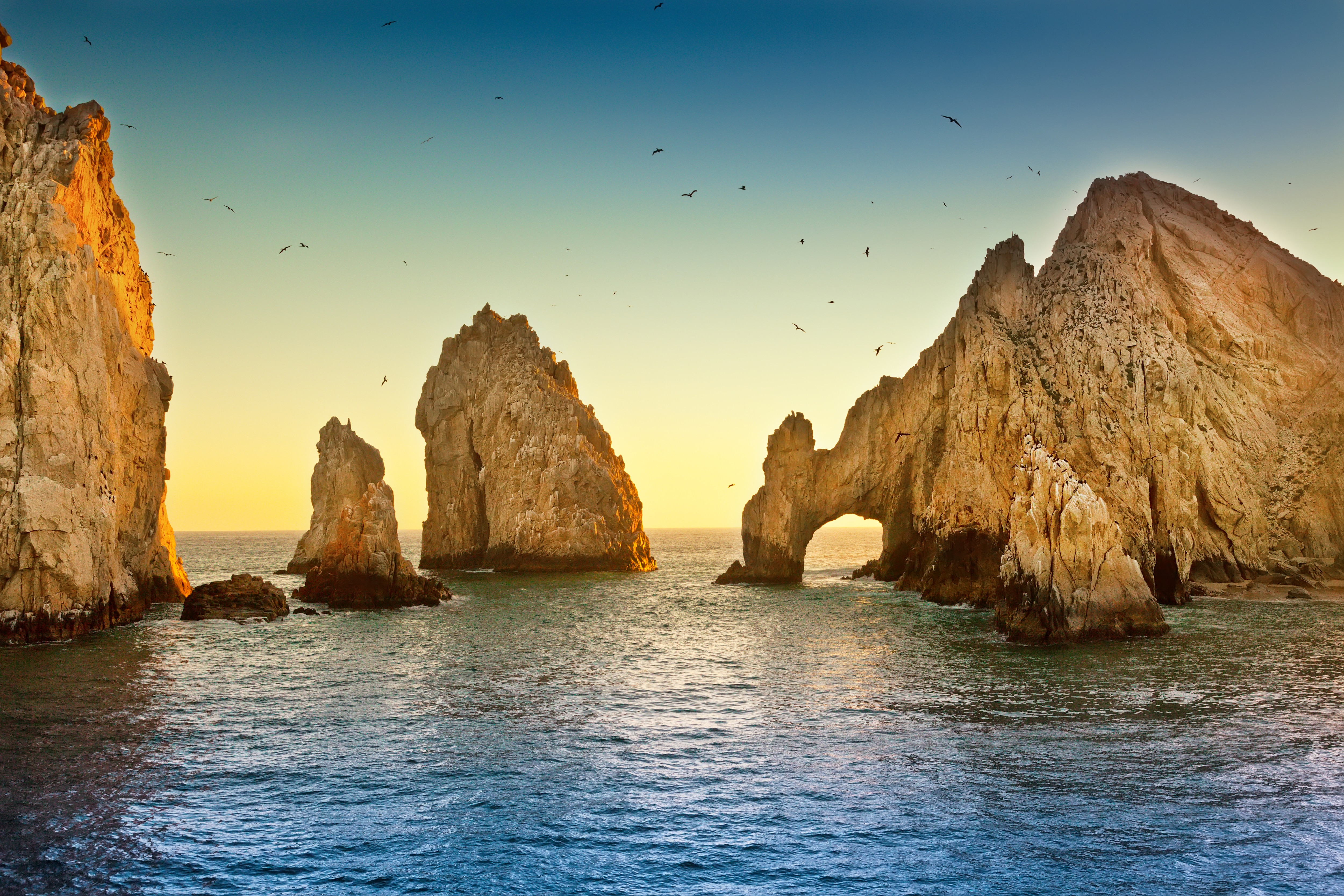 The famous arches in Los Cabos, Mexico.