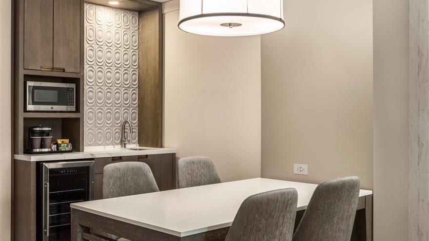 Dining area at Hilton Grand Vacations Chicago Downtown /Magnificent Mile located in Illinois.