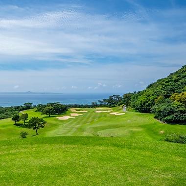 The Beach Resort Sesoko by Hilton Club   Golfing