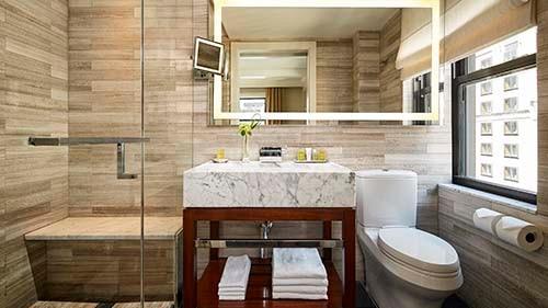 The Quin Central Park by Hilton Club Bathroom